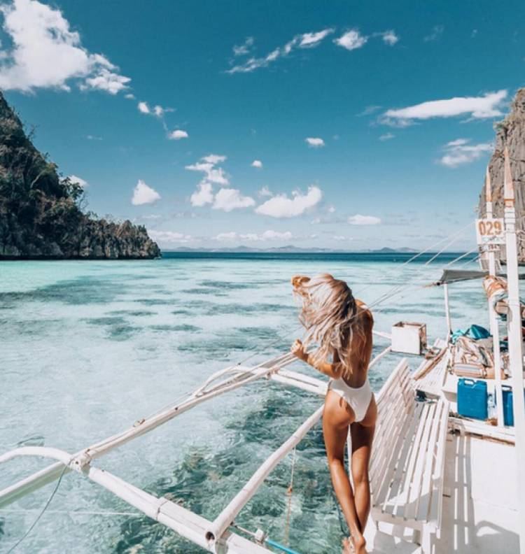 Travel in Her Shoes – World Tour Collection Desktop LR Presets